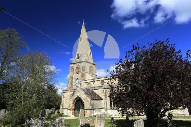Summer, St Johns parish church, Harringworth village