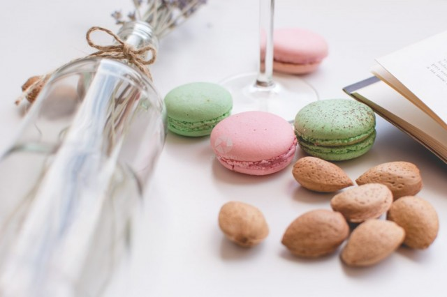 Macaroons and Almonds