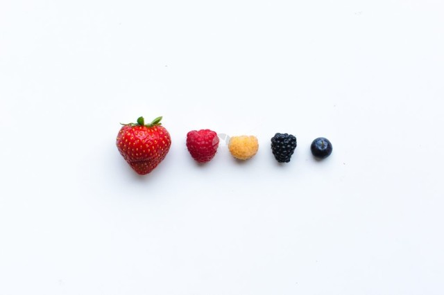 Line of fruit