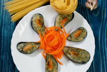 mussels, pasta