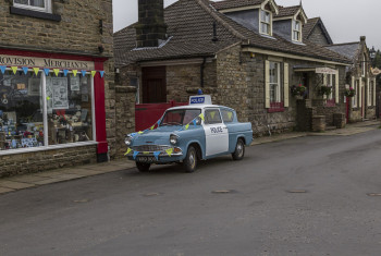 Ford Anglia Police Car Outdside Of Aidensfield Stores